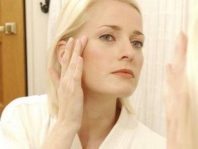 Khắc phục hiện tượng nám da, sạm da, tàn nhanh sau khi sinh con