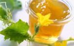 Có nên cho trẻ sơ sinh dùng mật ong?