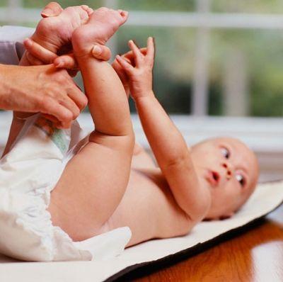 Cách nhận biết trẻ sơ sinh bị hăm tã