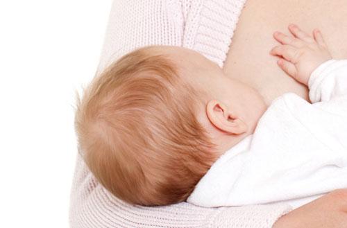 Ngăn ngừa chứng trầm cảm nhờ cho bé bú sữa mẹ