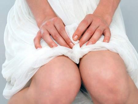 Chăm sóc vùng kín sau khi sinh thường