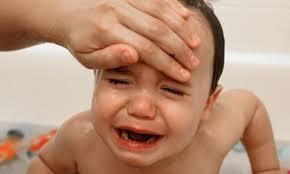 Nguyên nhân gây bệnh viêm họng ở trẻ em